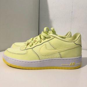 Nike Air Force 1 LV8 (GS) 7y Citron tint
